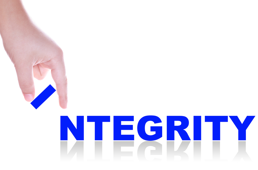 8 Benefits of Integrity in Life and Leadership Dr. Charles Stone